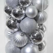 boule-noel-argent-sapin-artificiel